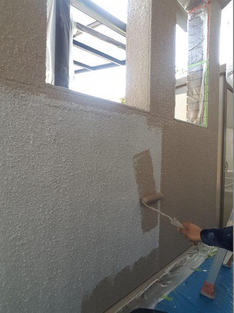 4.29昨日下塗りした外壁部の中塗り・2F外壁上塗り