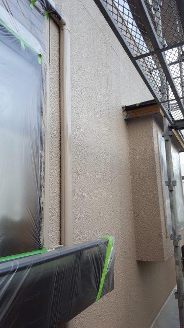 4.29昨日下塗りした外壁部の中塗り・2F外壁上塗り4