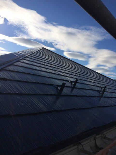 6.5屋根中塗り2