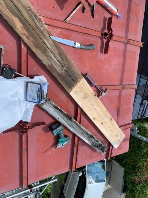 門田様棟押さえ交換、トタン下塗り、中塗り、一階一部樋_190628_0013