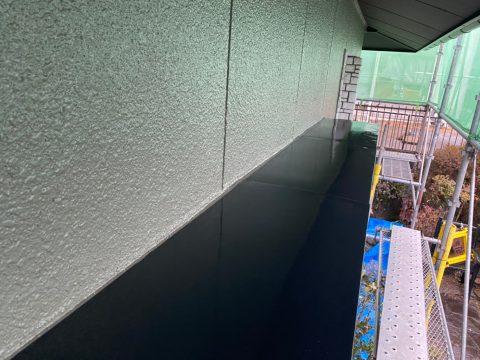 いわき馬上邸 掃除見直し 小屋根中塗り上塗り 外とう、各所下塗り テラス屋根コ_2
